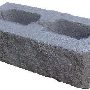 Облицовочные и заборные колотые блоки рваный камень и кирпич