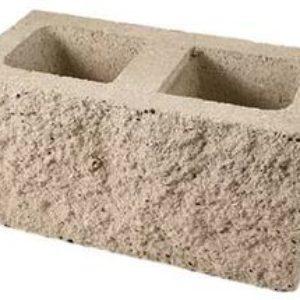 Бетонные заборные блоки и кирпич пескоцементный под рваный камень
