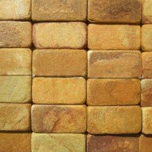 Натуральный камень уральский лемезит и златолит